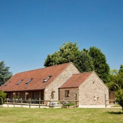 By The Byre Luxury self catering accommodation Frome